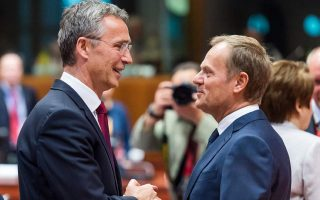 stoltenberg-tusk-call-on-greece-fyrom-not-to-amp-8216-waste-amp-8217-opportunity-for-solution