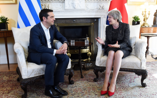 tsipras-holds-talks-with-theresa-may-in-london0