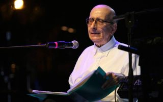 respected-poet-songwriter-manos-eleftheriou-dies-at-age-80