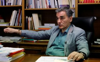 tsakalotos-greece-has-means-to-make-debt-relief-deal-work