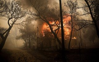 residents-flee-forest-fire-near-greek-capital-of-athens