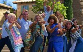 amp-8216-mamma-mia-amp-8217-sing-along-returns-with-star-studded-sequel-premiere