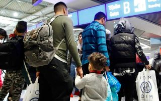 athens-berlin-see-migrant-returns-deal-differently