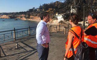 tsipras-meets-survivors-in-fire-stricken-town-as-families-mourn-dead