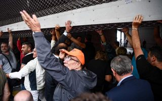 adedy-protesters-barge-into-finance-ministry-in-athens