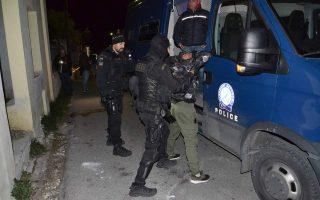 police-arrest-40-afghans-over-fatal-attack-on-syrian-man-at-camp