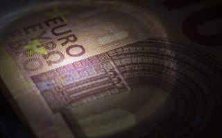 greece-sells-1-138-bln-euros-of-6-month-t-bills