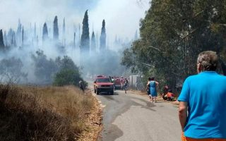 village-evacuated-in-corfu-after-second-fire-erupts