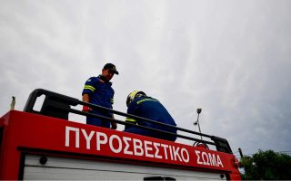 moving-truck-catches-fire-on-egnatia-highway