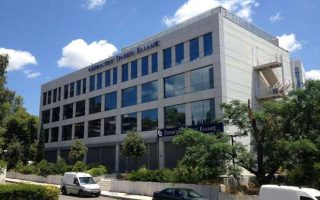 motor-oil-subsidiary-buys-out-investment-bank-of-greece
