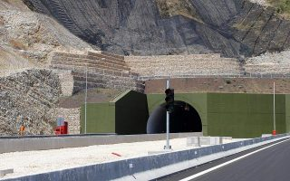 commission-to-fund-western-greece-motorway-with-121-mln-euros