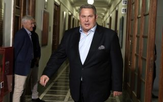 kammenos-strikes-again-from-the-us