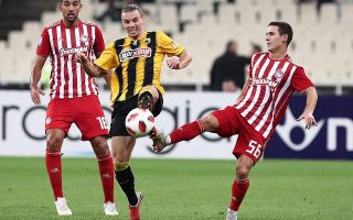 greek-soccer-league-no-longer-a-1-horse-race