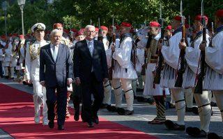presidents-pavlopoulos-and-steinmeier-hail-close-greek-german-ties