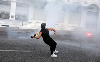 student-march-ends-in-clashes
