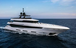 a-new-yacht-in-the-mangusta-oceano-43-series0
