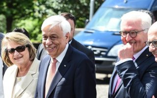 german-greek-presidents-to-meet-in-athens-on-thursday