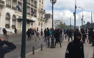 greek-students-clash-with-police-in-central-athens