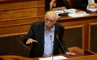 migrant-arrivals-on-greek-islands-up-by-50-pct-says-vitsas