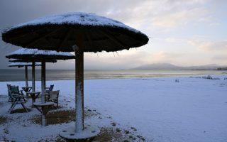 attica-seashore-covered-in-snow0