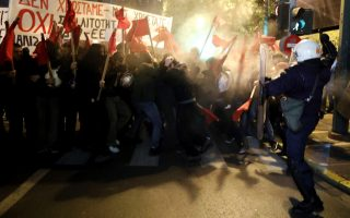 protesters-clash-with-police-during-demo-against-merkel-visit