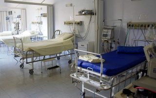 patient-dies-in-zakynthos-while-waiting-for-bed-in-icu