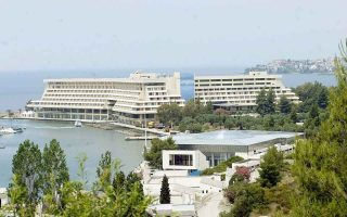 hotel-owners-feel-time-is-right-to-sell-units