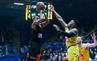 four-way-tie-at-the-third-spot-of-the-basket-league