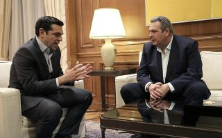 new-tsipras-kammenos-meeting-planned-for-monday