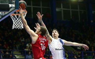 red-hoopsters-scrape-through-another-domestic-challenge-at-holargos