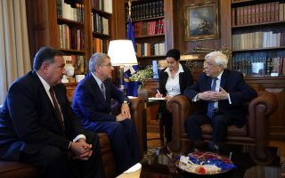 ioc-chief-holds-talks-with-greek-president-in-athens