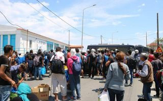 violence-at-moria-as-migrant-arrivals-on-lesvos-spike