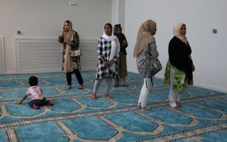 after-waiting-for-decades-muslims-in-athens-finally-get-a-mosque