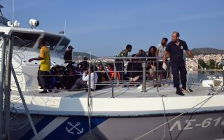 seven-drown-in-migrant-boat-sinking-off-coast-of-lesvos