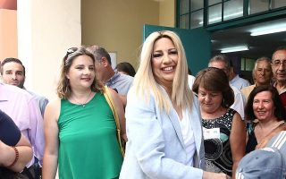 gennimata-says-vote-in-kinal-will-ensure-political-stability