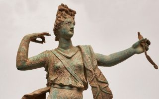 statue-pair-from-ancient-aptera-to-be-unveiled-at-hania-museum