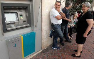 banks-to-charge-other-lenders-clients-up-to-3-euros-per-atm-withdrawal