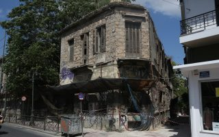 more-than-a-dozen-buildings-damaged-by-friday-s-quake