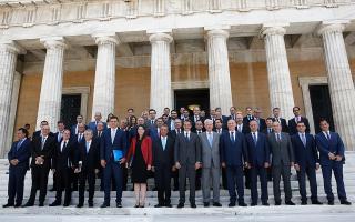 pm-defends-gender-composition-of-cabinet