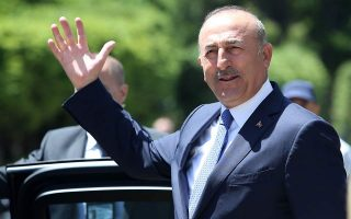 eu-commission-reacts-to-cavusoglu-comments-on-migration-deal