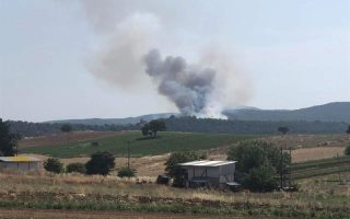 firefighters-battling-blaze-in-central-evia