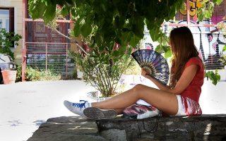 new-heatwave-to-blast-greece-until-wednesday