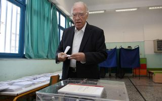 leventis-wrong-to-give-mitsotakis-an-outright-majority