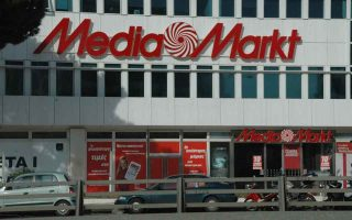 public-joins-forces-with-mediamarkt-hellas