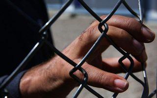 greek-police-arrest-61-migrants-after-thessaloniki-violence0