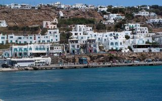 mykonos-mayor-appeals-for-more-police-on-popular-holiday-island