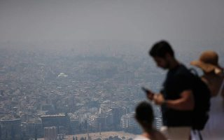 smoke-from-blazes-led-to-major-air-pollution-in-athens