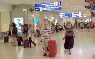 international-traffic-at-athens-airport-hits-all-time-high-of-2-06-mln-in-july