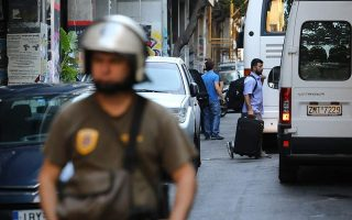 exarchia-squat-sweeps-result-in-detention-of-143-foreign-nationals
