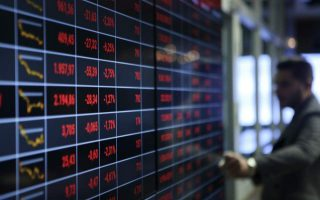 fitch-s-staying-put-on-greek-rating-not-behind-stock-drop-experts-say